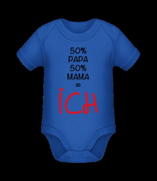 50% Papa, 50% Mama - ICH - Baby Bio Strampler - Royalblau - Vorn
