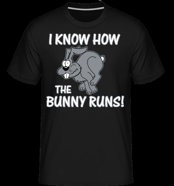 How The Bunny Runs - Shirtinator Männer T-Shirt - Schwarz - Vorn